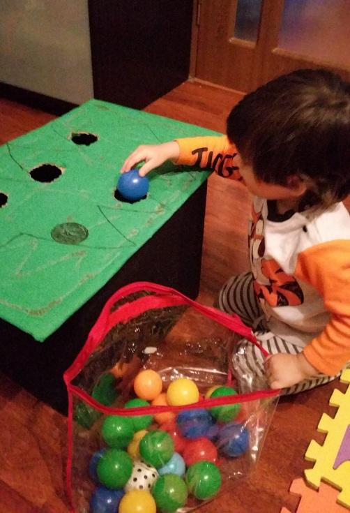 bradul-activitate-copil-2-ani